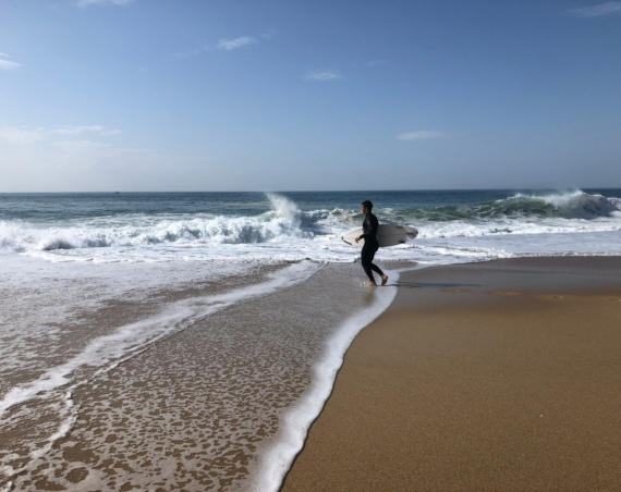 Sērfošana okeānā