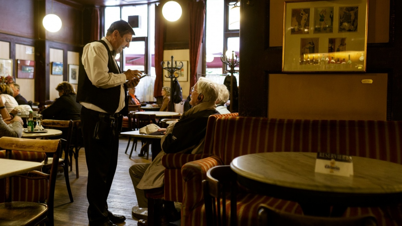 VĪnes kafejnīcas Foto Andrejs Strokins